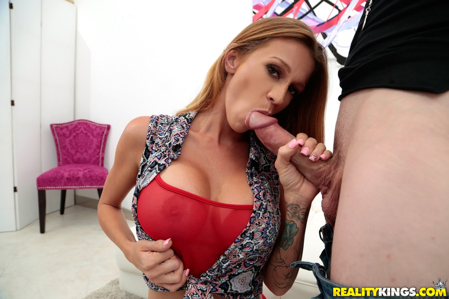 April hunter sucking dick