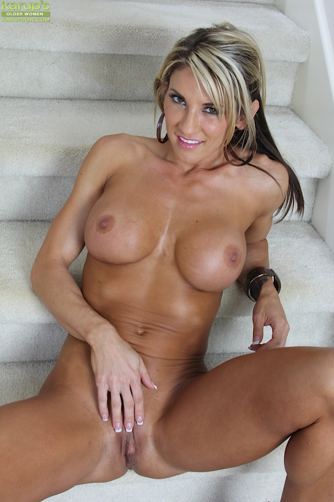 Remarkable, this beautiful nude mature blonde moms accept. The