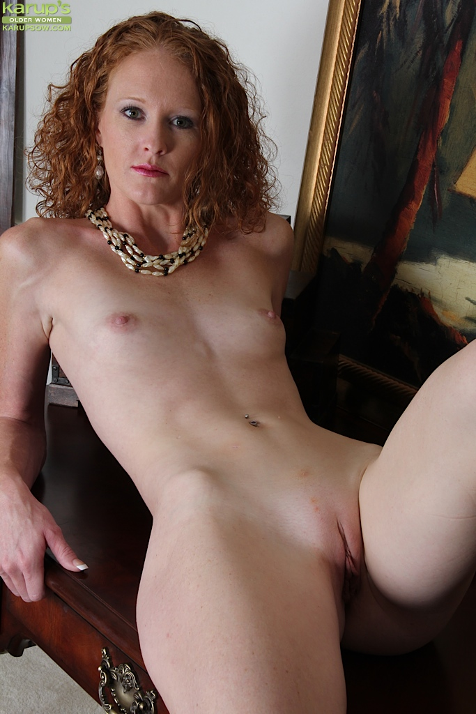 naked red heads with flat chest
