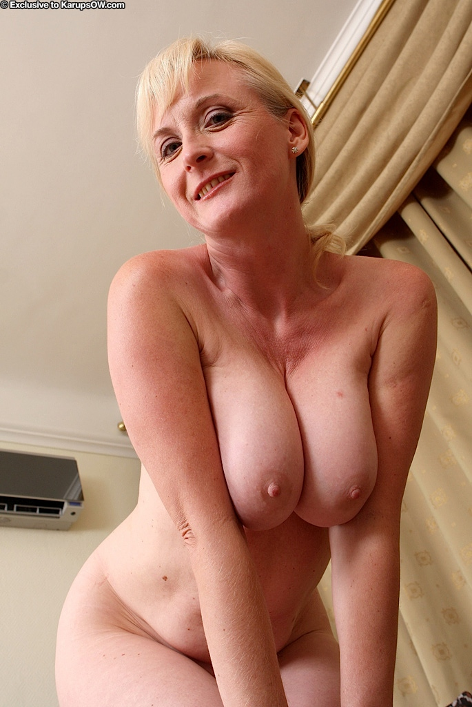 Boob girl hot huge natural