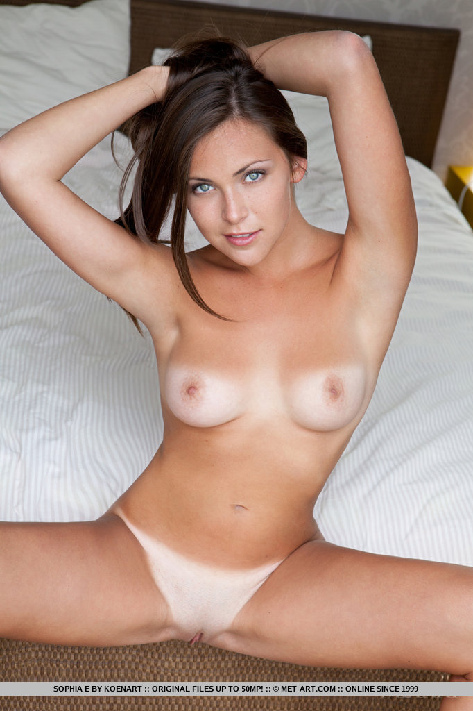 Share your Brunette naked tits spread are