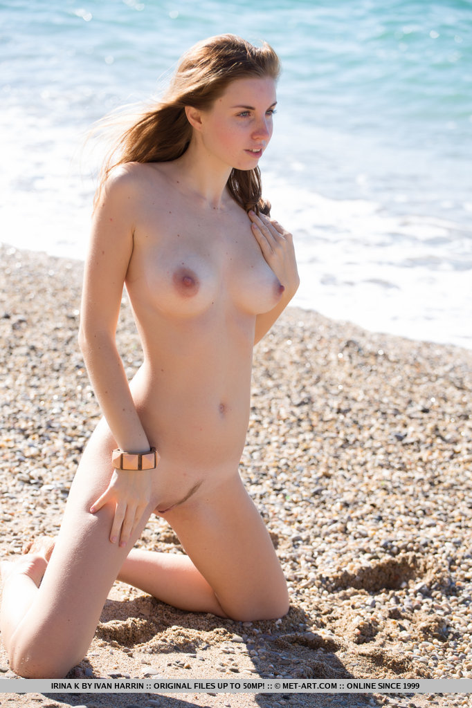 nude-hot-russian-girl-big-niples