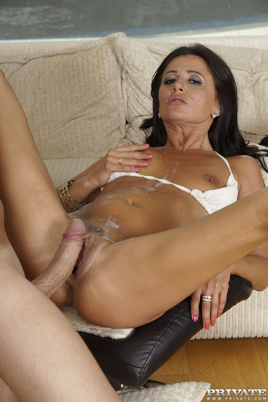 Female squirt solo
