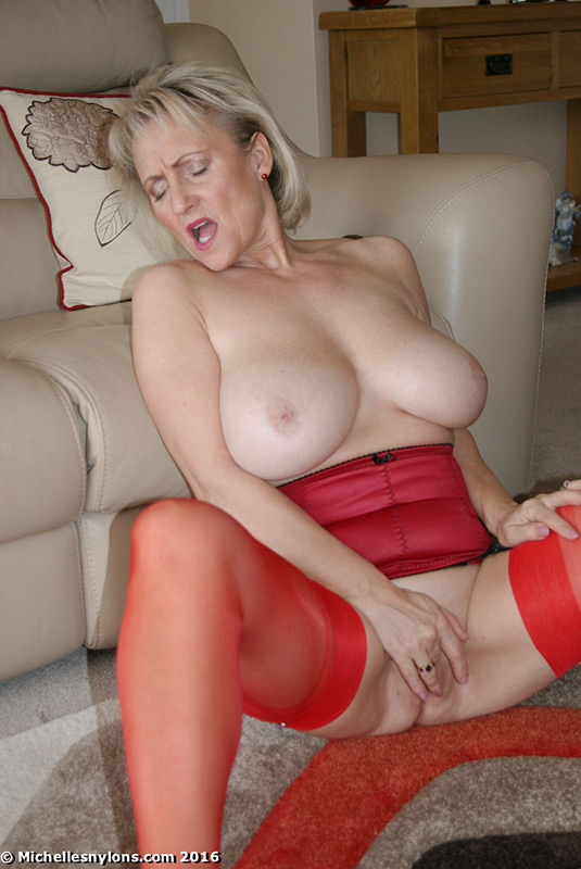 Picture mature women michelle nylons