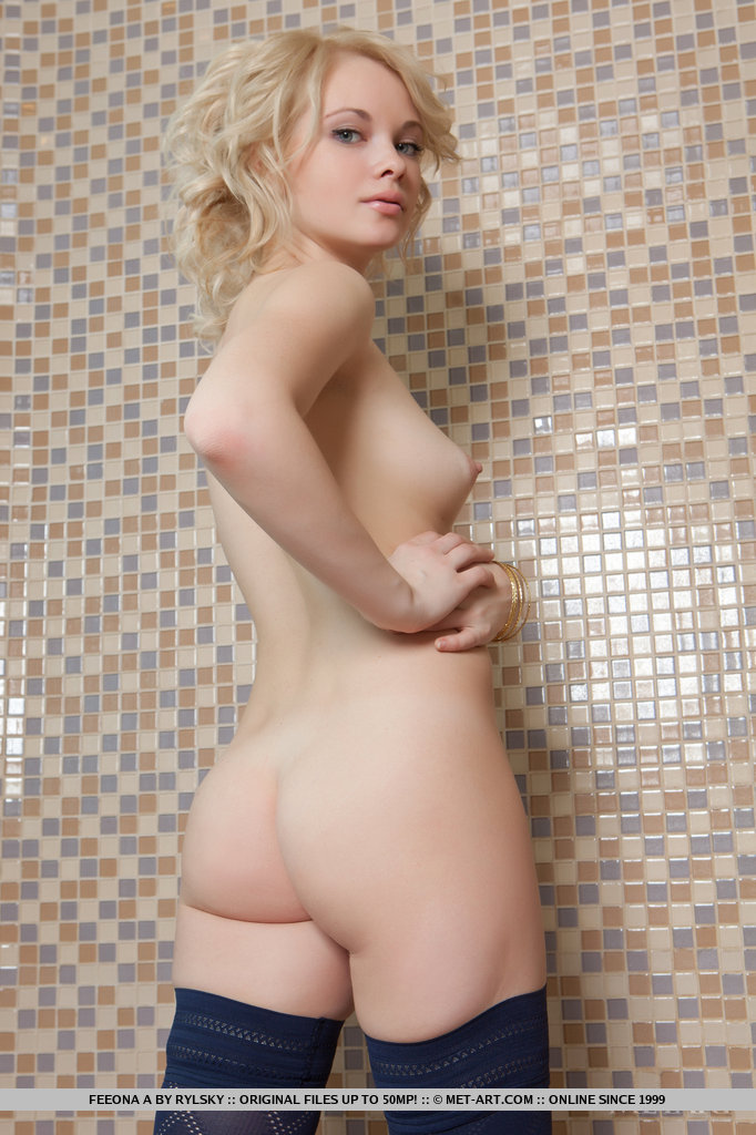 Theme, Blond nude pics opinion you