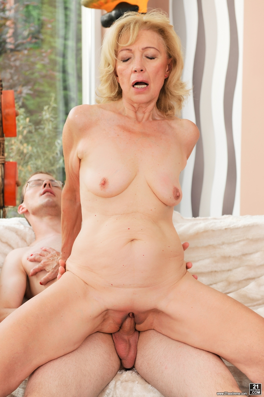 Older Woman Creampie