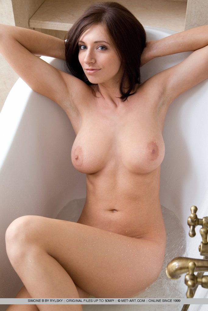 Naked pics of julia mancuso