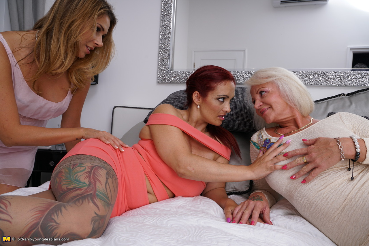 Hot granny and young lesbian