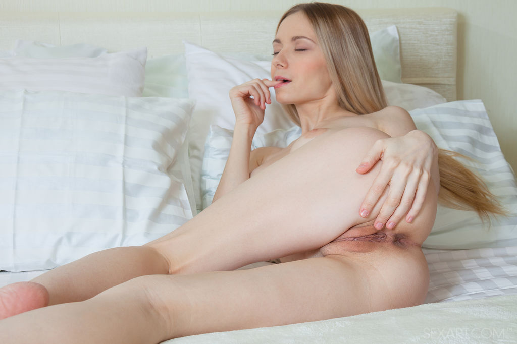 Vagina masturbation nude girl have