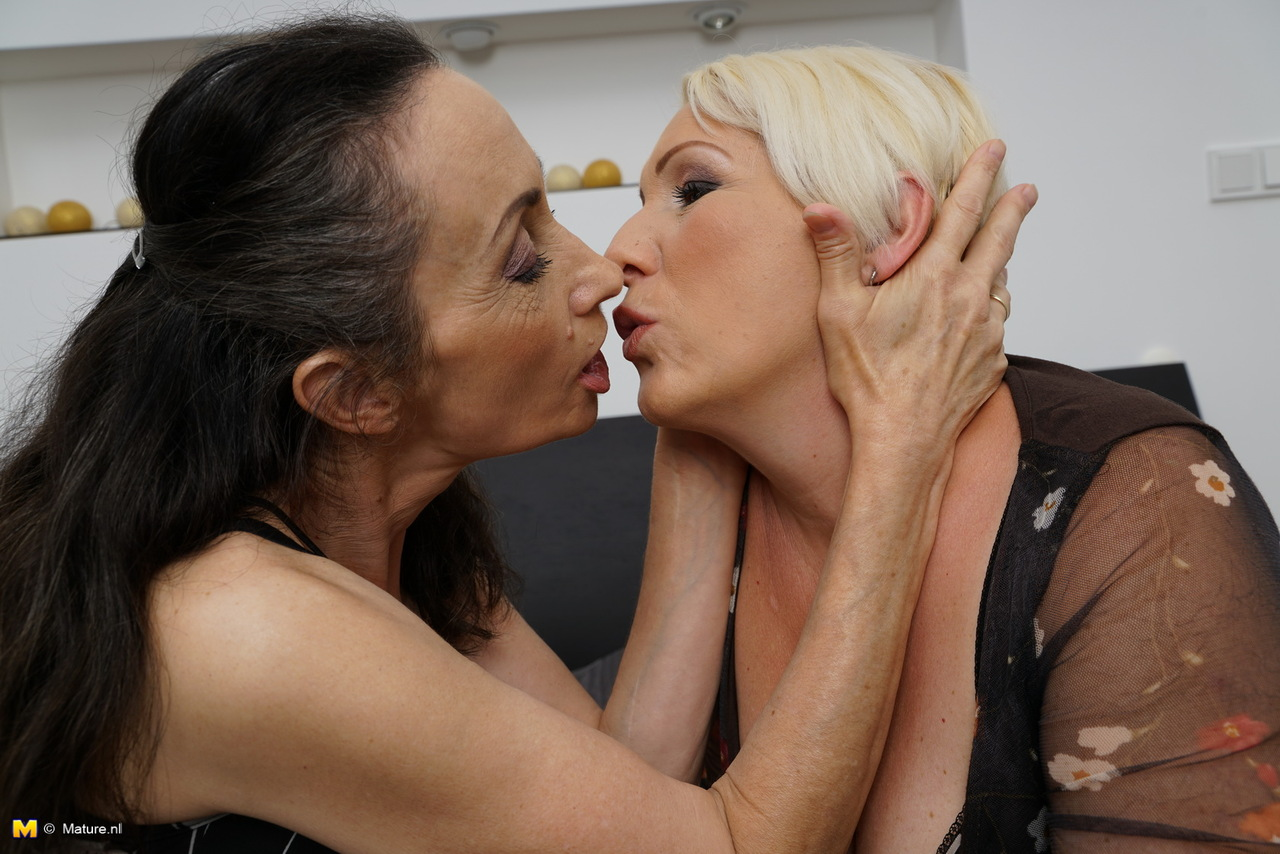 Can suggest mature granny lesbians kissing
