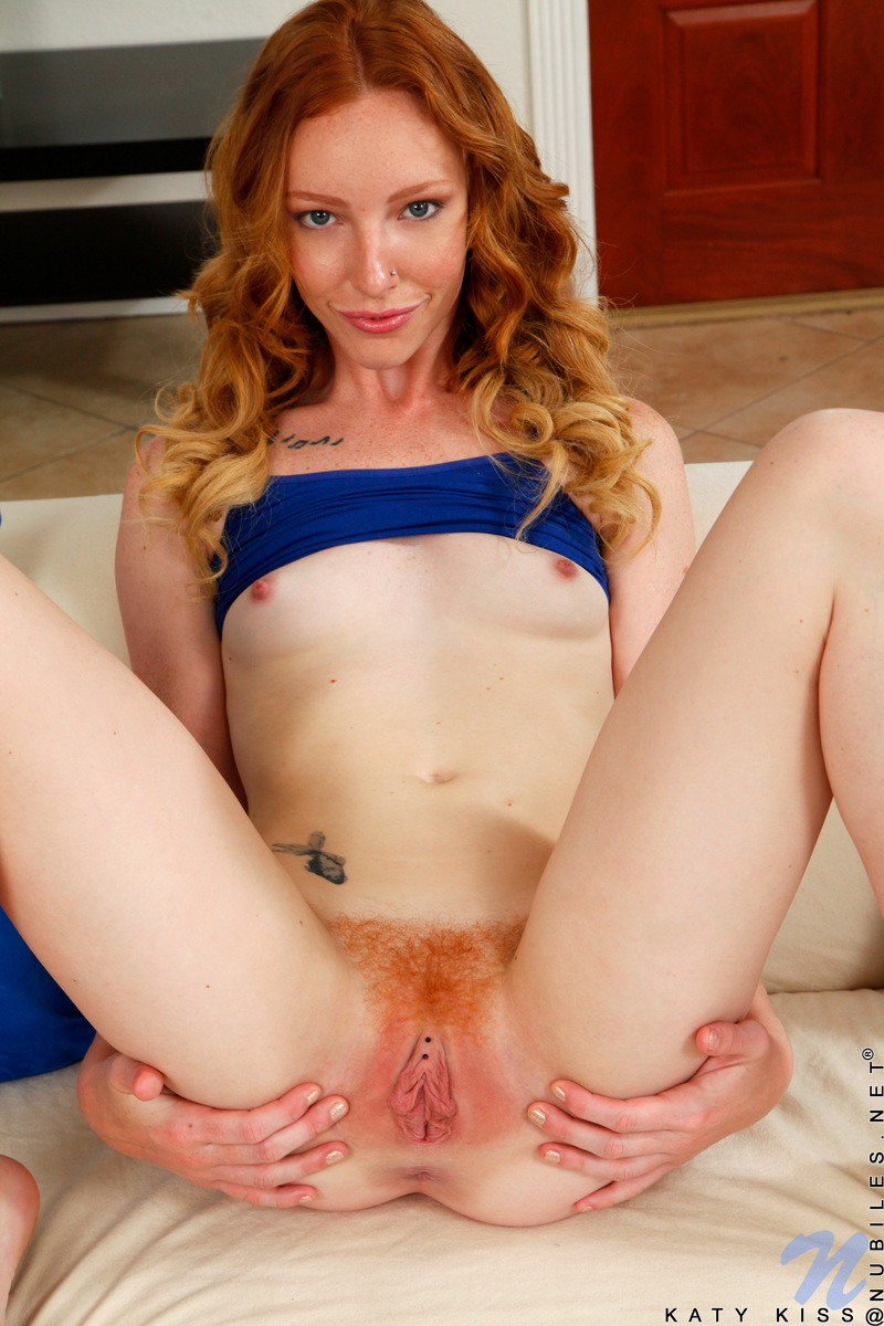 young ginger cunt hole fucked