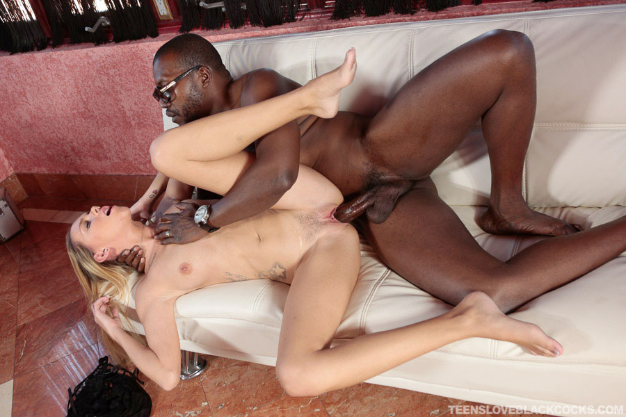 Hollie mack gets fucked interracially