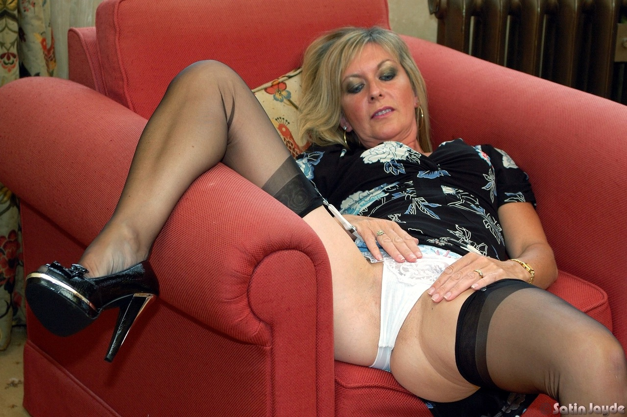 Sexiest panty mature video