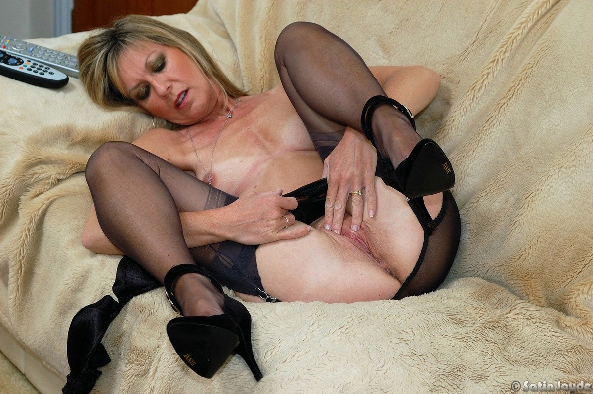 Useful Older nylon pussy can recommend