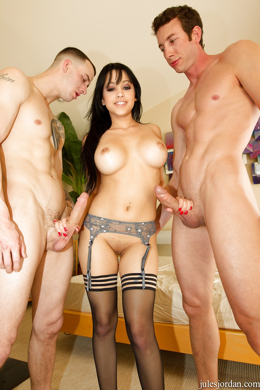Tiny Doris Ivy gets her fuck holes smashed by two large cocks at once 7:00 9 hónappal ezelőtt Fapality · Fantastic Russian girl Ally Breelsen.