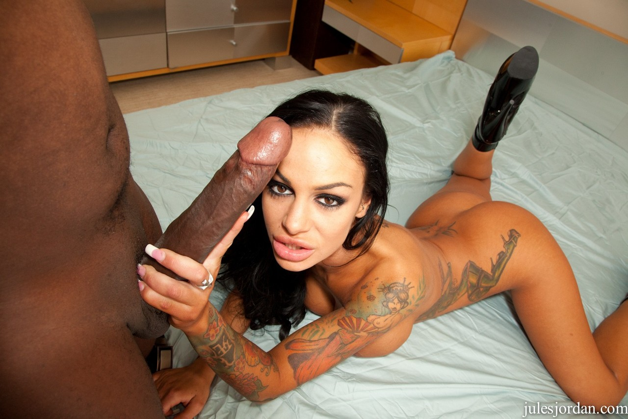 Like to suck black cock-3076