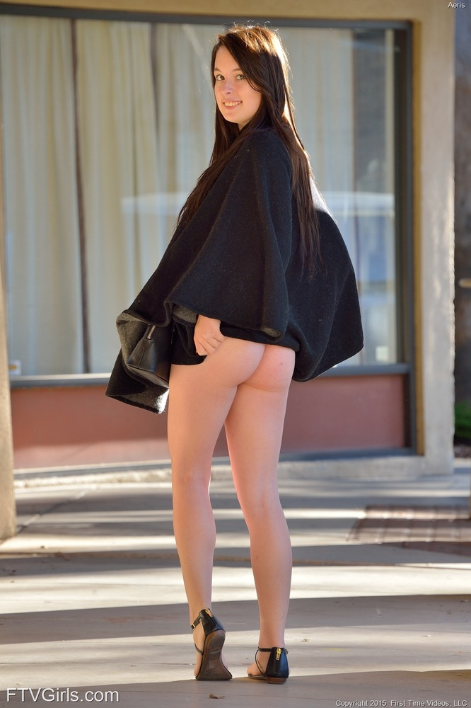 Horny hottie walks outside with no panties and toys in public with a dildo