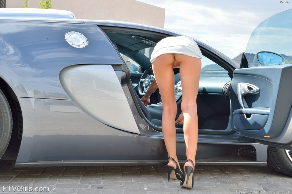 Car show girl slut - Porn galleries