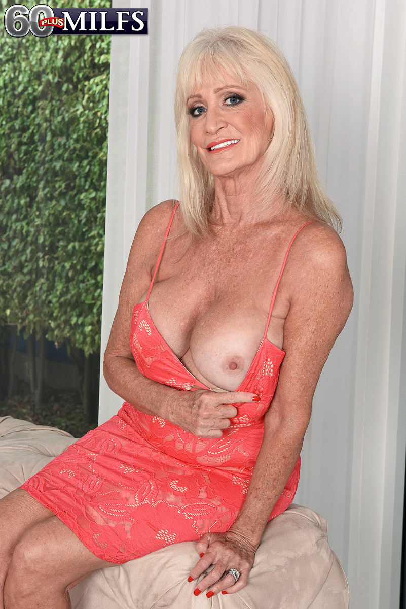 Hot granny pornstar with big tits