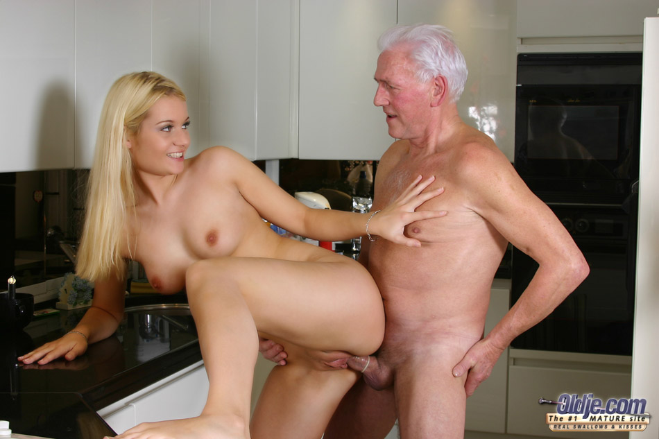 Hotties fucking old men porb