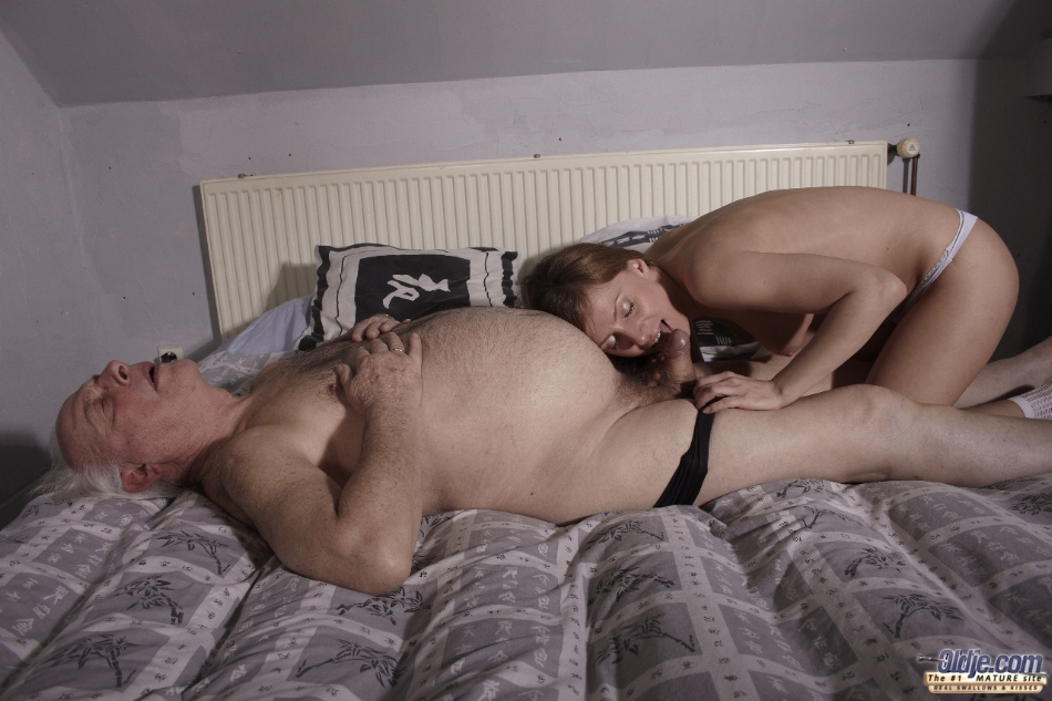 Young girl oral sex with dad are