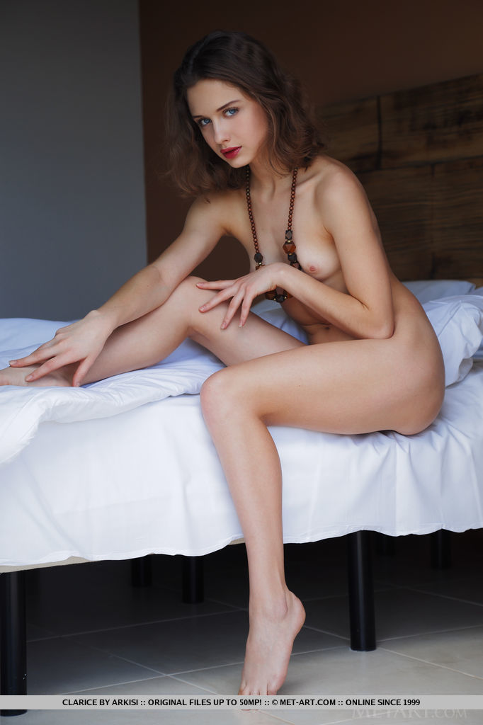 modeling sex poses naked