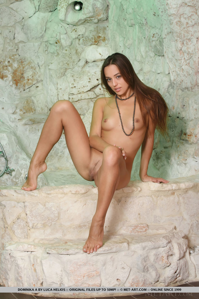 Nude photos of young jennifer grey