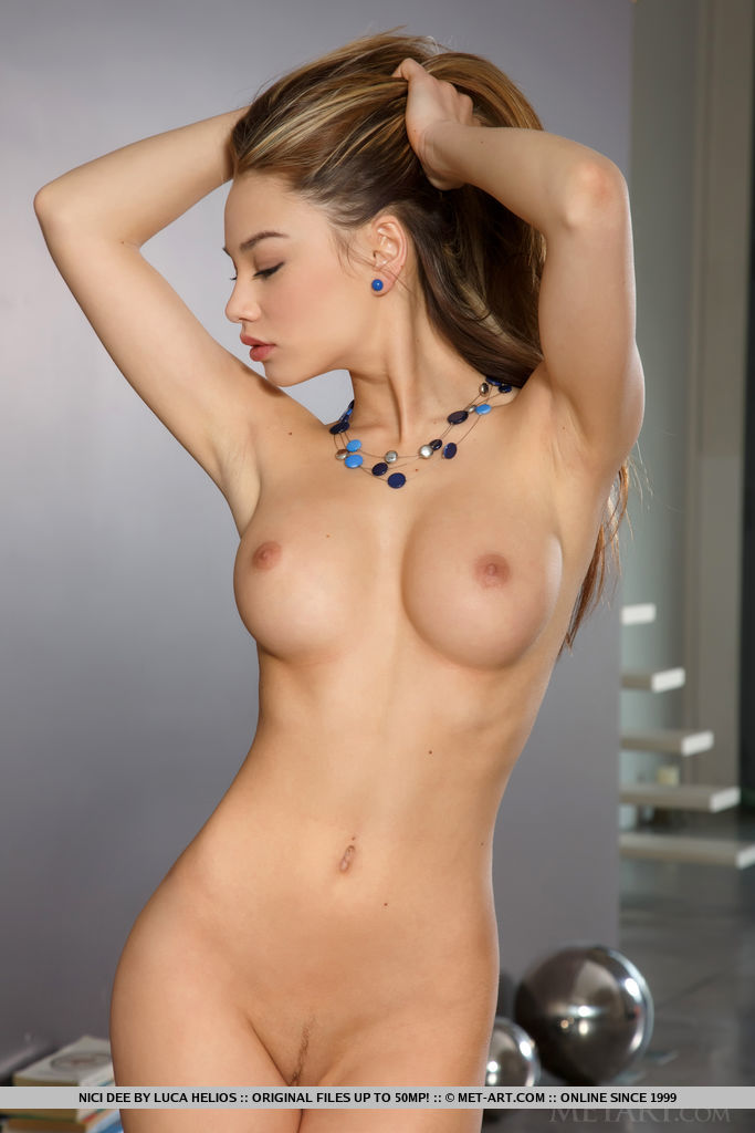 Have hit nude solo girls galleries consider