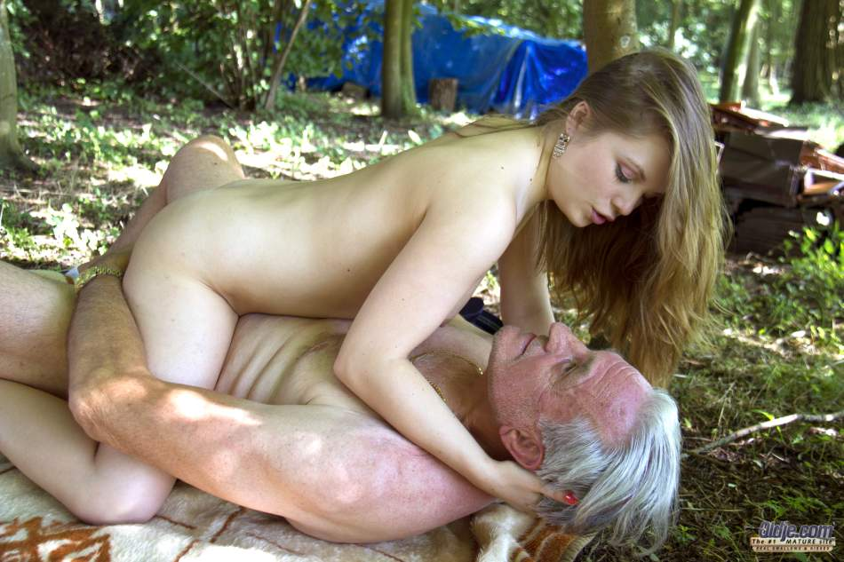Teen and old sex