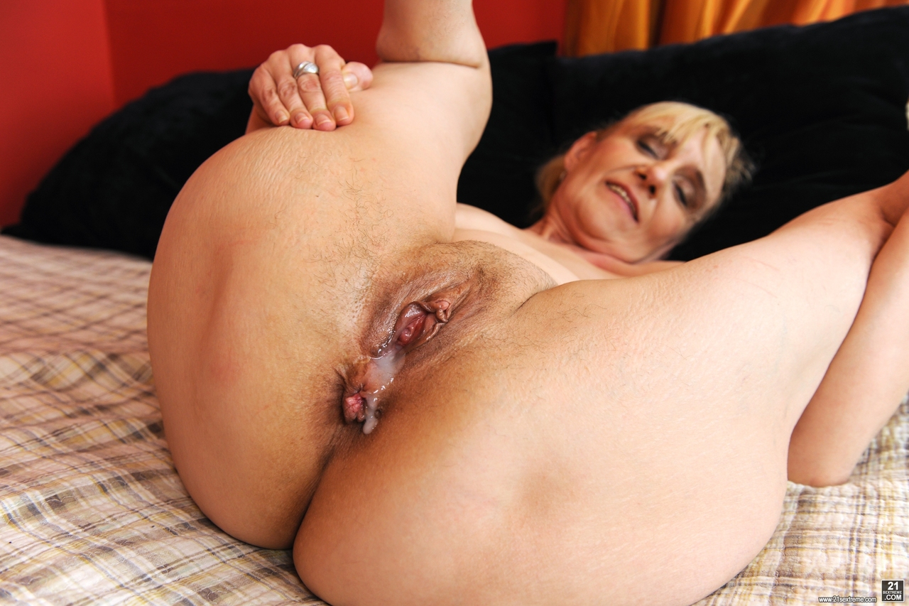bbw creampie with hairy latina anus exposed