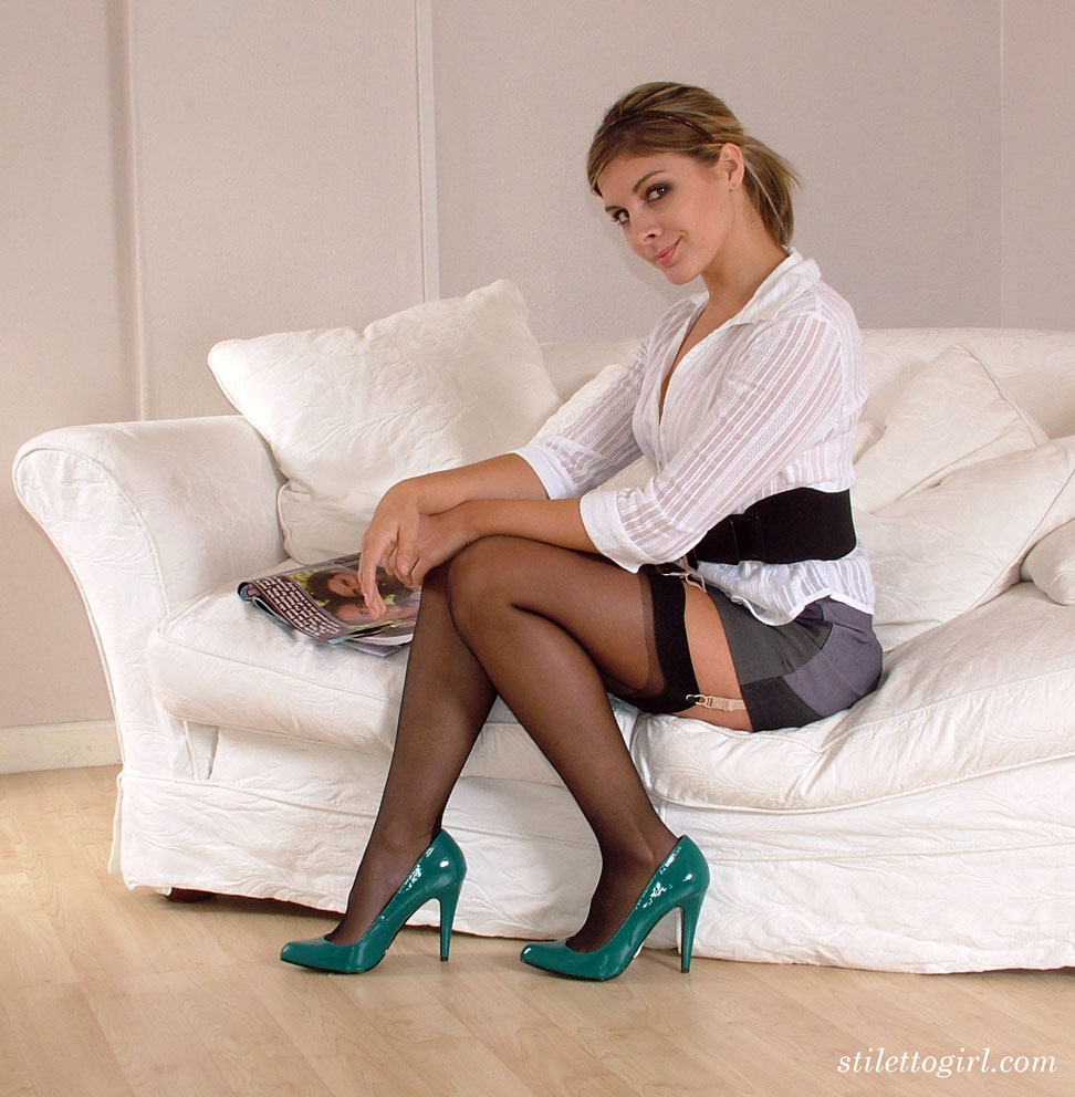 solo model shows off her nylon attired legs in her new