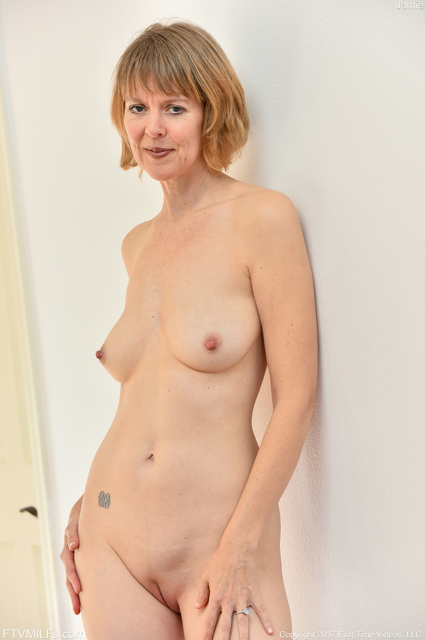 Short Hair Blond Milf Pornstar