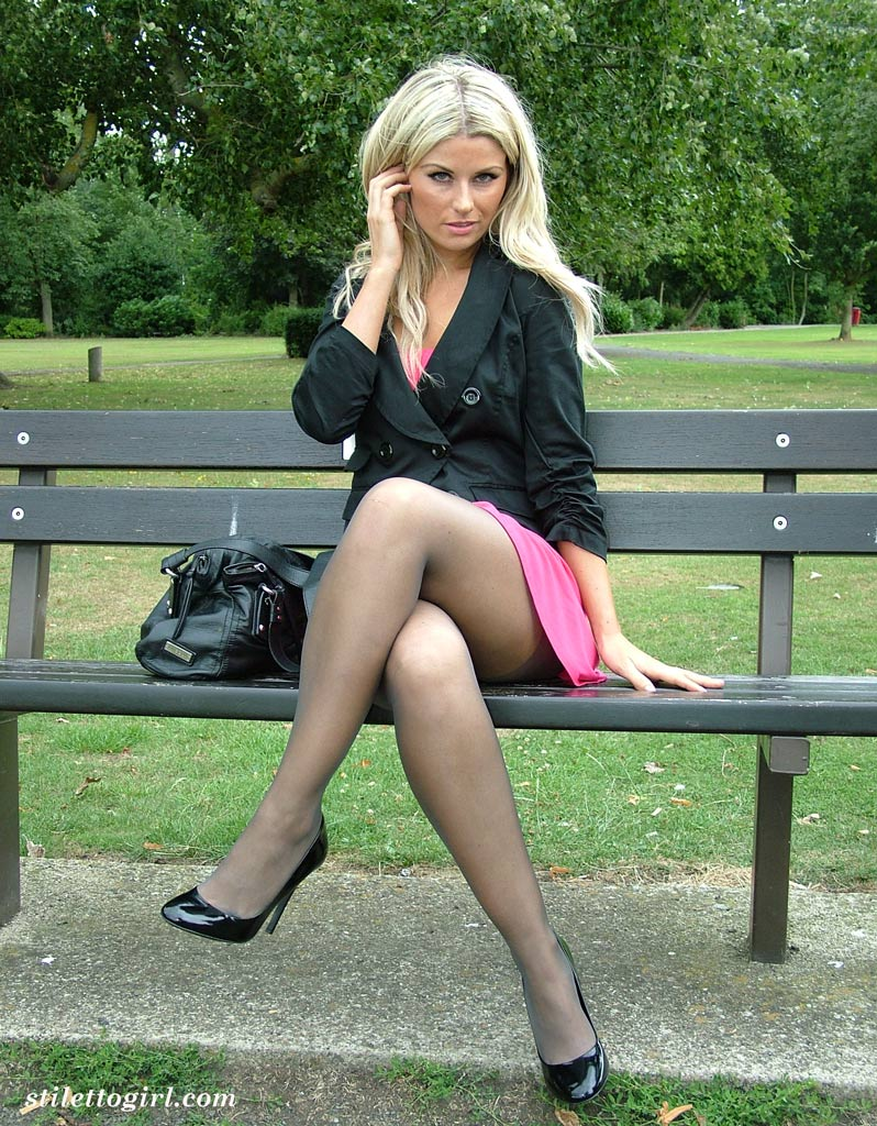 Girls in high heels galleries