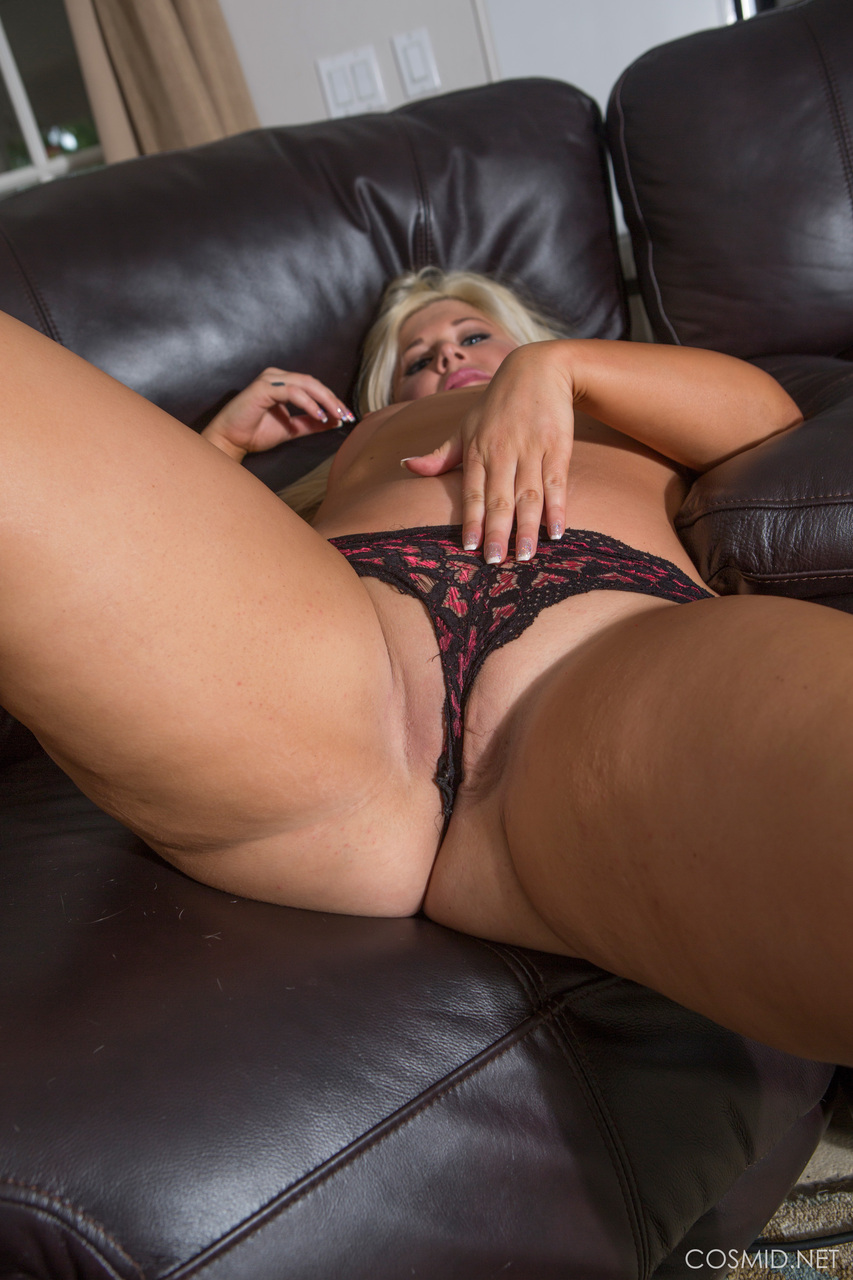 Thick blonde ass bent over