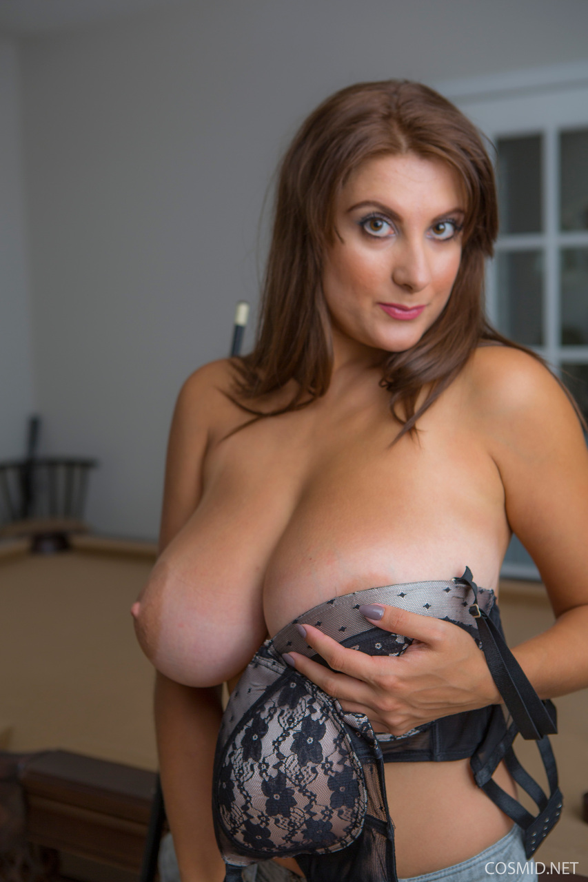 female celebrity nude pictures