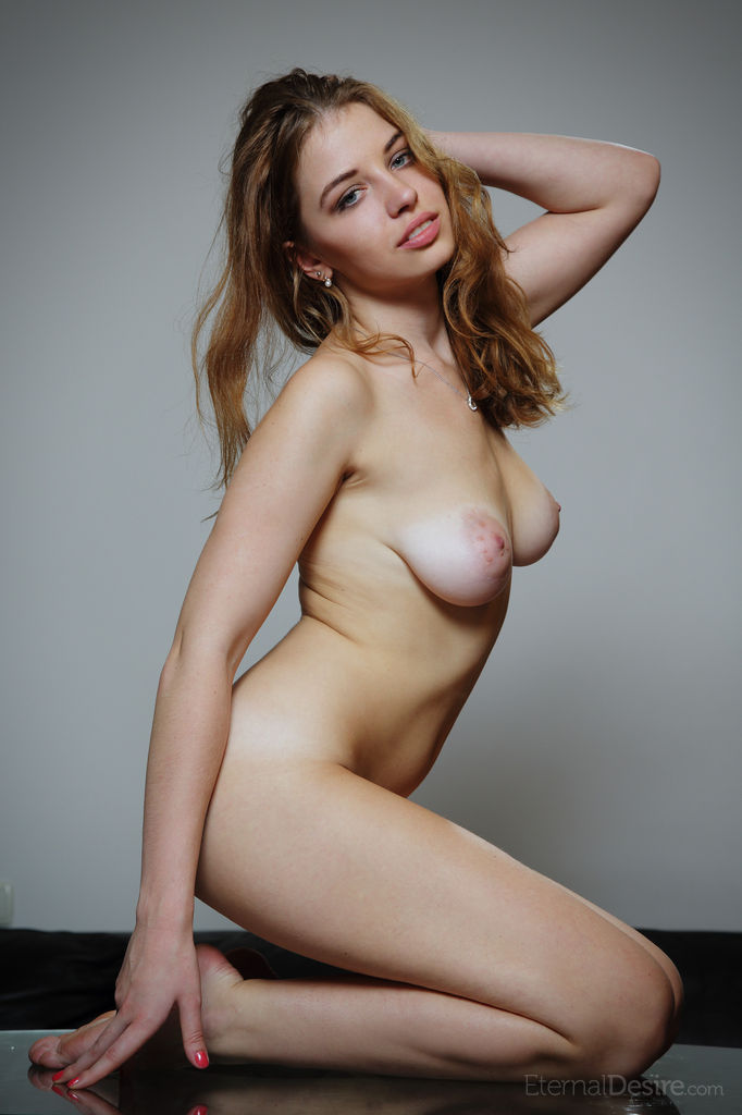 Saggy breasts naked