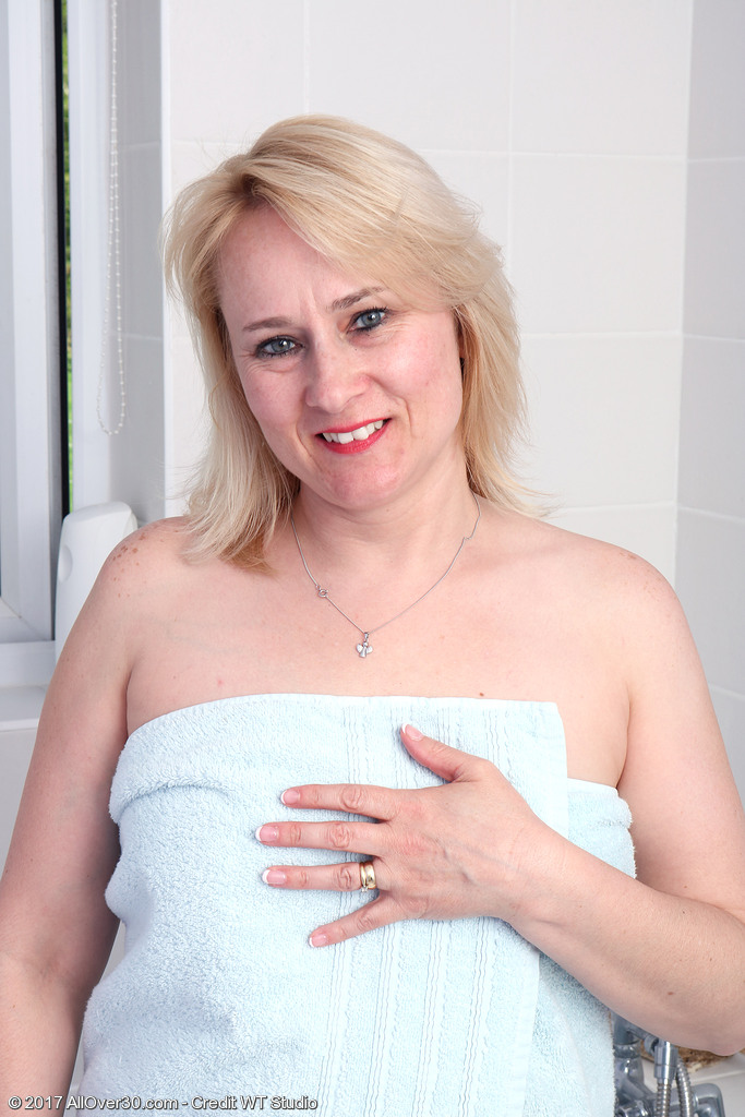 apologise, but, opinion, all midget nude pussy pics accept. The