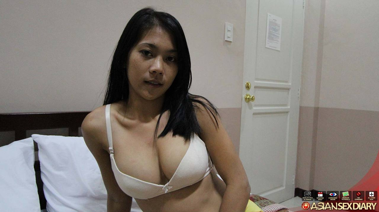 Filipina huge tits