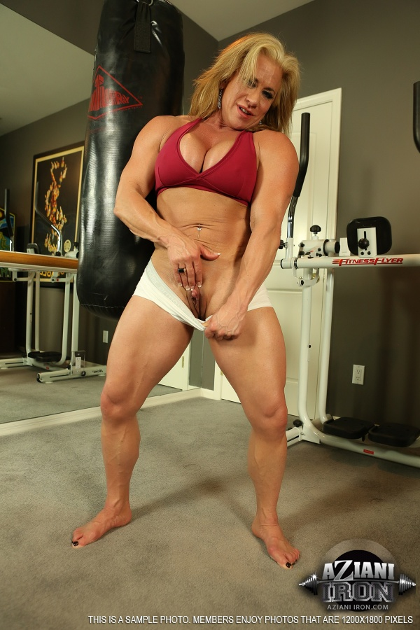Women porn galleries muscle