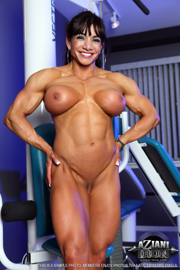Opinion Busty naked muscle women