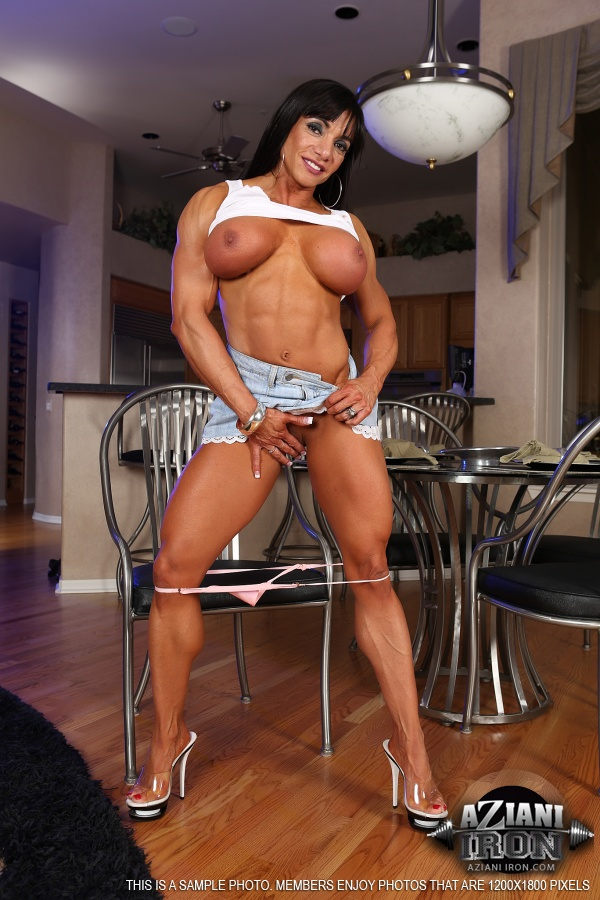 Big muscle women nude