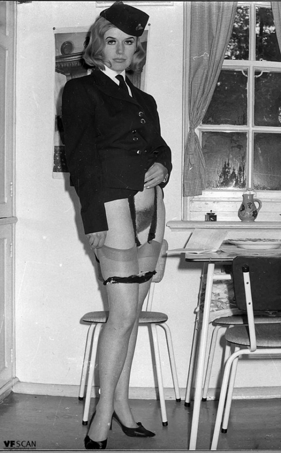 Models 1960 and stockings garter belt