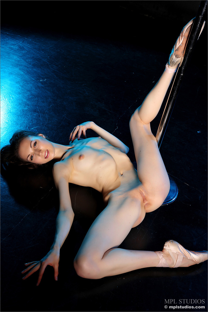 Nude pole dancer legs with you