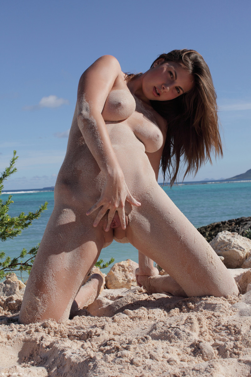 Young Nudists and Nudism  Cam Girls Gallery
