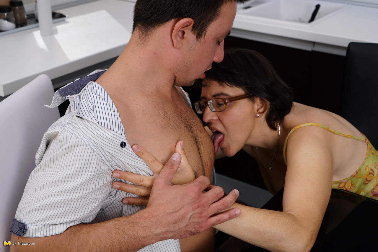 Granny Gets Her Pussy Licked
