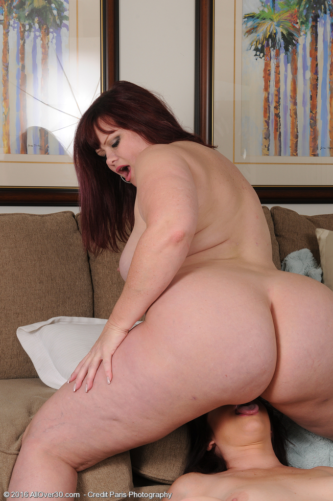 sexy chunky girls naked