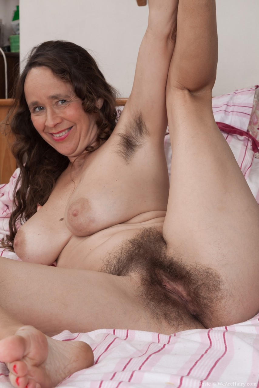 Precisely does old mature mom hairy porn confirm. happens