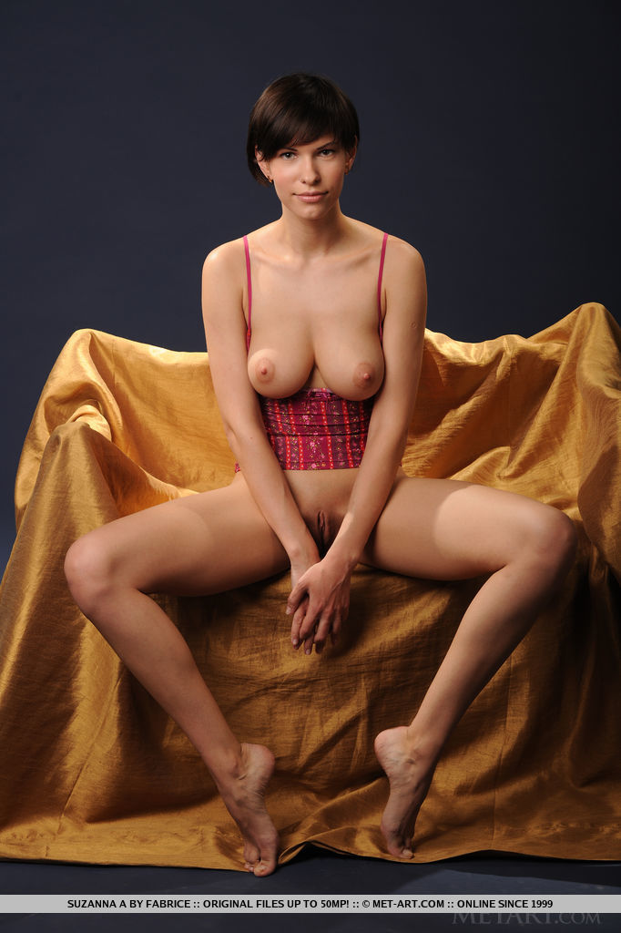 Right! glamour model short hair nude