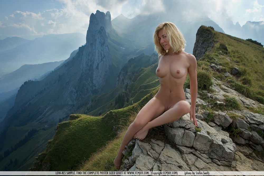 Naked women mountain