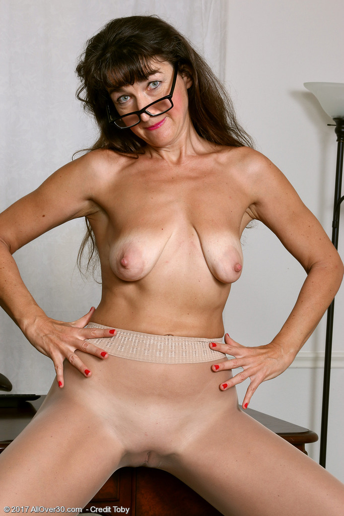 Consider, that Sexy milf women naked in glasses thank you